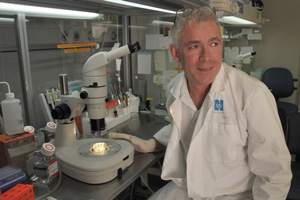 Dr Eitan Galun/Debbi Cooper