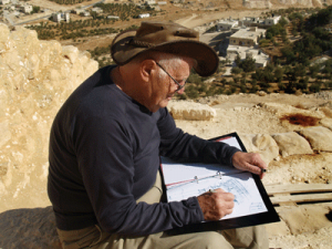 Archaeologist Ehud Netzer at work at Herodium. Photo by Andrei Vainer/The Israel Museum, Jerusalem.