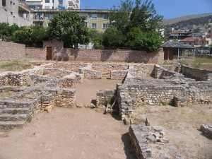 Ruins of the synagogue in Sarande. Photo by Esther Hecht.