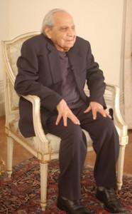 Abdulla Dangoor. Photo courtesy of Sephardi Voices UK.
