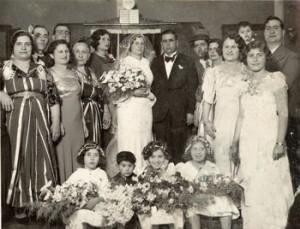 A festive wedding in Libya. Photo courtesy of Jimena/Pedazur Benattia, Libya