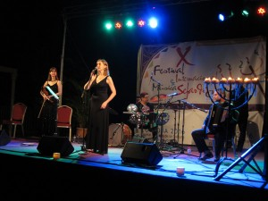 Lafra, a Croatian-Hungarian-Bulgarian ensemble,  onstage in Cordoba in 2011. Photo by Hedy Weiss.