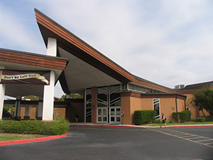 Congregation Beth Yeshurun. Photo by Esther Hecht.