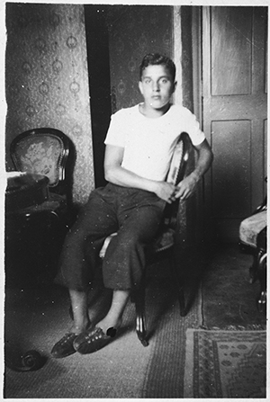 Teenager Michel Margosis. Photo from the United States Holocaust Memorial Museum/Courtesy of Michel Margosis.