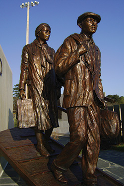 Bronze sculptures outside the Marcus JCC. Photo by Ronda Robinson.