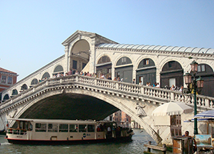 The Rialto bridge. Photo by Ofir Barnea.