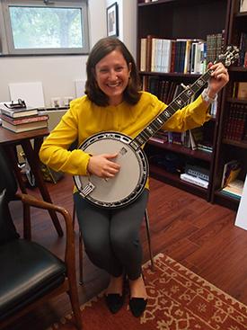 Rabbi Holzblatt with her gifted banjo.